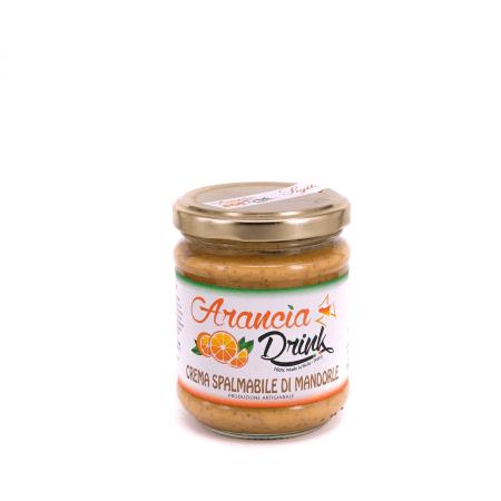Crema spalmabile di mandorle